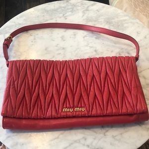 Miu miu Authentic red gold clutch shoulder handbag